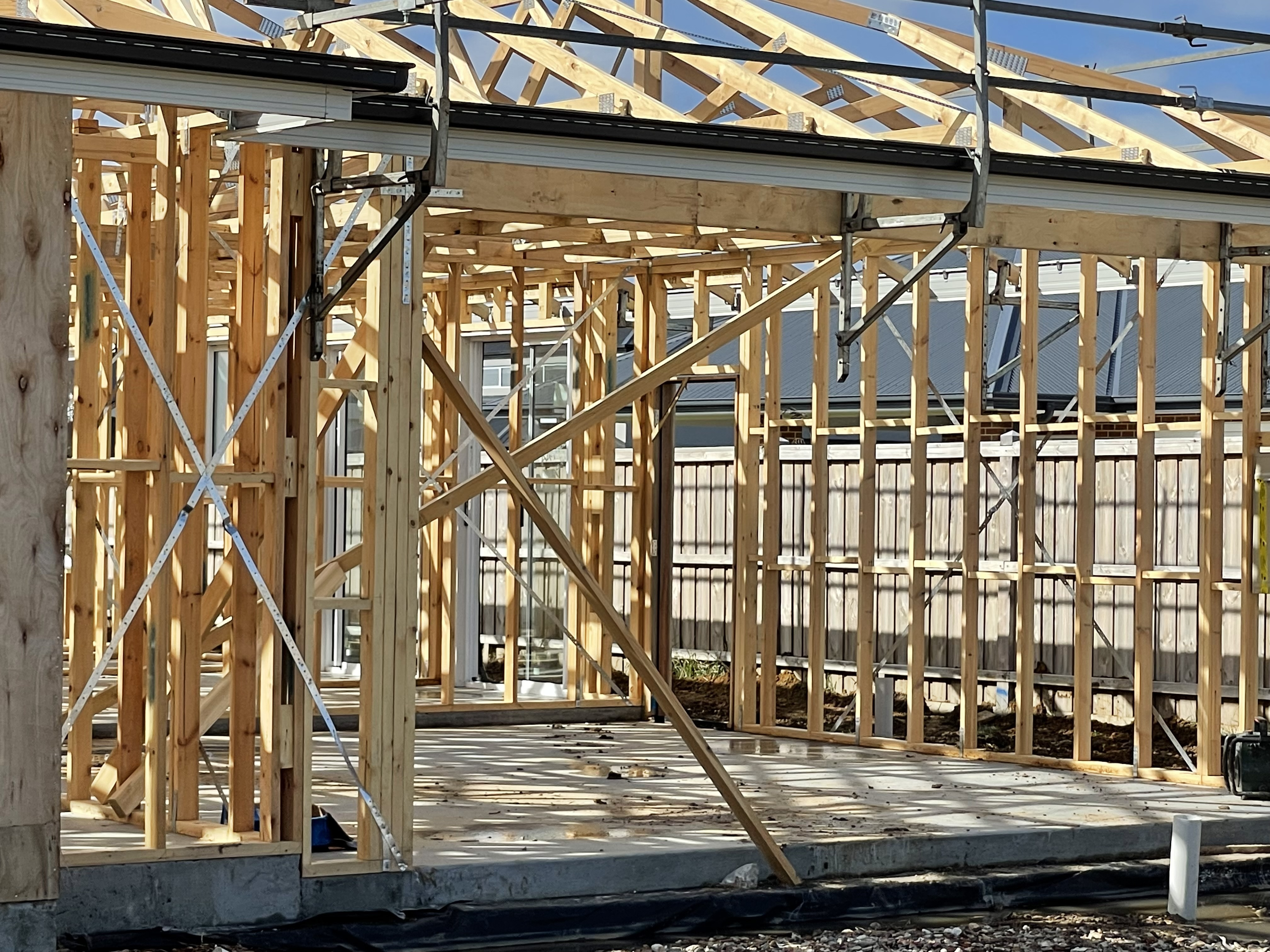 Timber Framing Versus Steel Framing – Is One Better Than the Other?